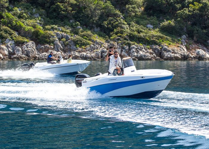 Odyssey Boats Rent A Boat In Ithaca Compass 13